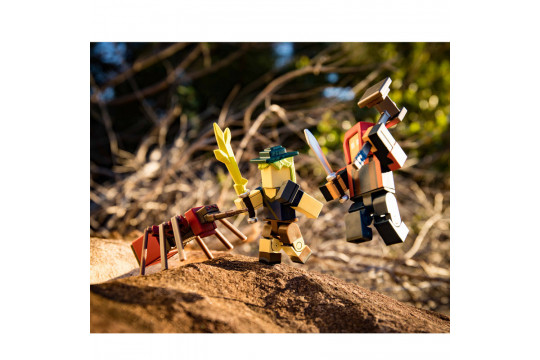 "Набор из 2 фигурок Roblox ""Fantastic Frontier"" (Jazwares)"